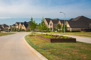 Houston's Farm-Centric Community Harvest Green Adds Homesites