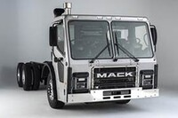 Mack Trucks previews new LR Refuse Series  at WasteExpo 2014