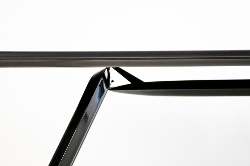 Carbon Table detail.