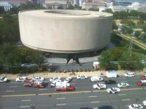 The scene after an evacuation of the Hirshhorn Museum and Sculpture Garden, following a security guard's suicide by self-inflicted gun-shot wound. Photo by  Elizabeth Buie used with permission.