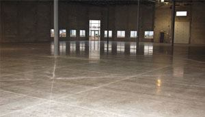 This 60,000-sq.-ft. floor located in Bartlet, Ill., is where the Scurto Cement Co. and CONCRETE CONSTRUCTION magazine are conducting a two-year study to find ways to reduce curl in warehouse flooring.