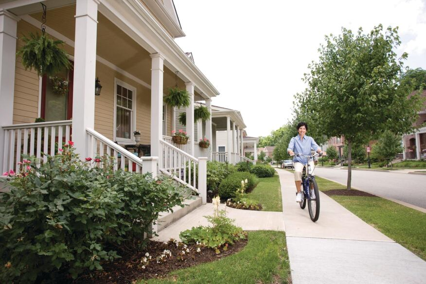 Urban Migration: Pretty streets, easy commutes, and home prices averaging in the $400s lured many suburbanites inside city limits to Summerset at Frick Park. One survey found that 65 percent of buyers from 2001 to 2006 were new city residents.