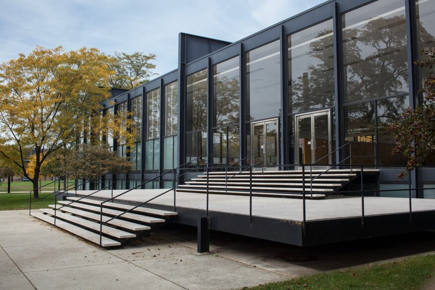 The S.R. Crown Hall was designed by Mies van der Rohe in 1956 for the Illinois Institute of Technology.
