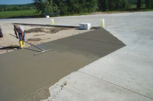 The environment, admixtures, cement, and supplementary materials can affect the window of opportunity for finishing concrete.