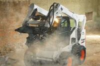 Skidsteer loader provides 11 ft. of vertical lift
