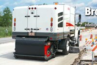 Elgin Broom Bear Mechanical Sweeper Earns Contractor's Choice Award