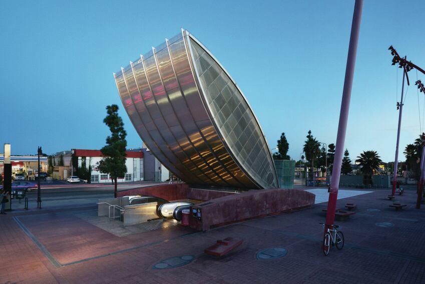 Mehrdad Yazdani's Place-Making Metro Station
