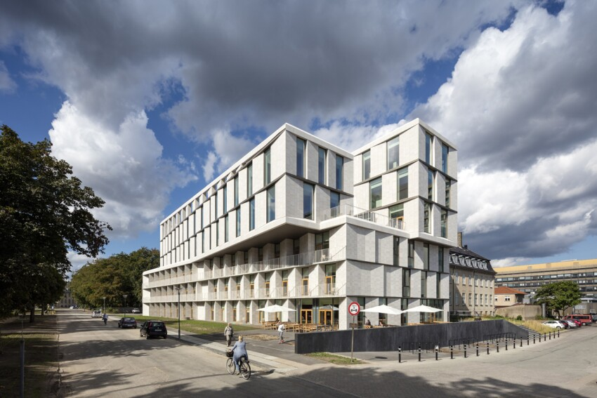 Patient Hotel and Administrative Building for Rigshospitalet