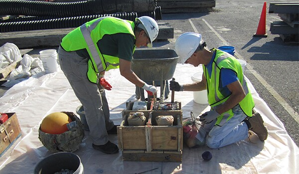 Skanska's ERT team using waste concrete to make oyster boxes for the Elizabeth River.
