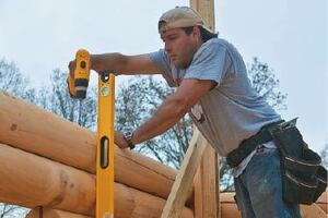 Building Log Homes