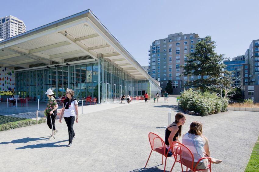 New Museums Blur Lines Between Indoor and Outdoor