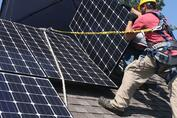 As Solar's Future Shines, the Grid's Lock Weakens