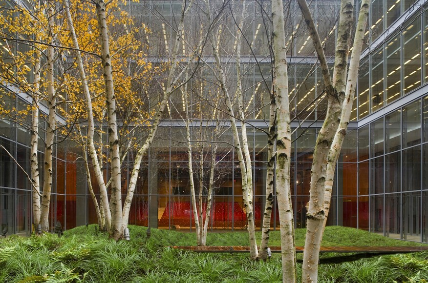 the new york times building lobby garden - New York Times Home And Garden
