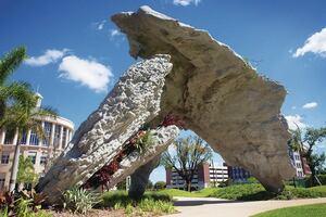 Sculptural Pavilion Wins Top Honor