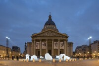Artist Brings Fragments of Greenland Glaciers to Paris Climate Talks