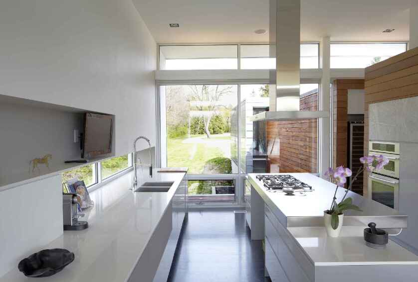 Riverview House Kitchen - 2015 Merit Winner
