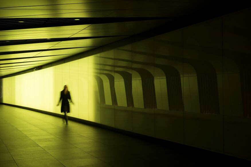 Light Wall Pedestrian Tunnel Kings Cross : Speirs + Major Illuminates Kings Cross Pedestrian Tunnel in London Architectural Lighting ...