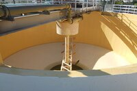 Elastomeric polyurethane and concrete primer protective coatings
