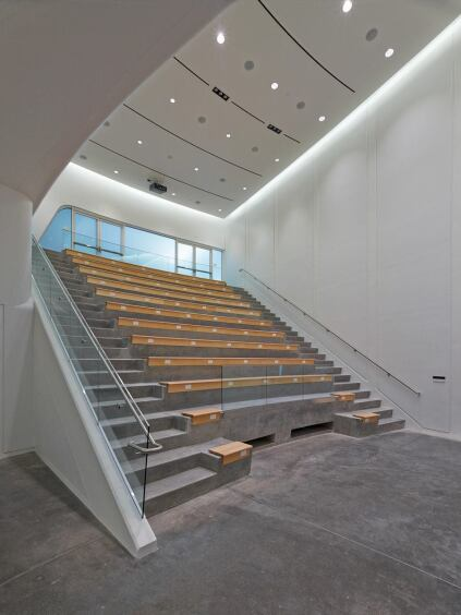 A stepped multi-purpose hall can be used equally for performances or lectures.