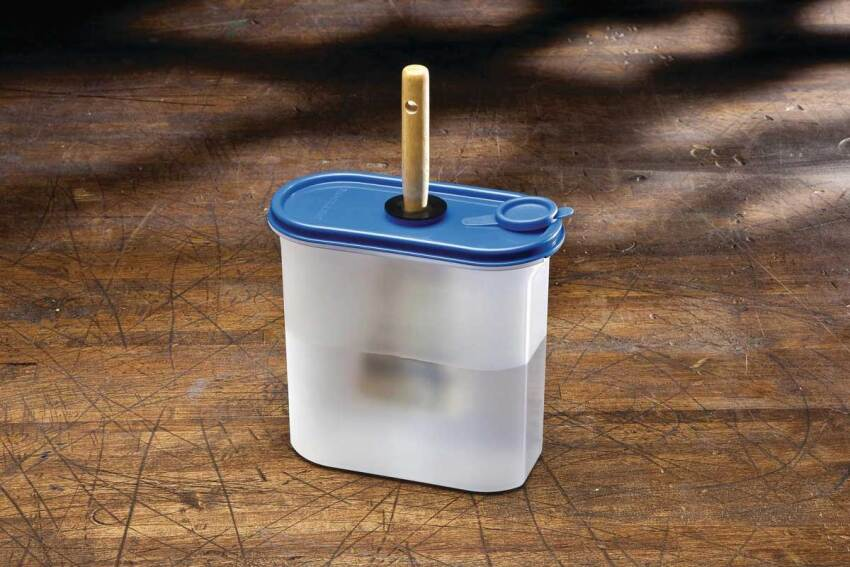 Contain Yourself: Rockler Brush Cleaning & Storage Container