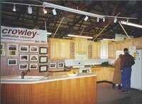 At the end of a home show, Gary Crowley sells his display cabinets to a homeowner -- and usually ends up with a kitchen remodel, too.