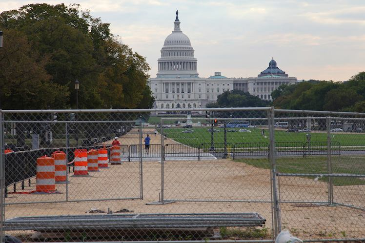 Washington, D.C. Closes Its Doors on the First Day of Shutdown