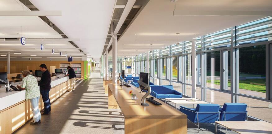 Inside the City Hall volume, natural light penetrates deep into the floor plate—one of many strategies that were employed to help the complex achieve a LEED Gold rating, exceeding the city's LEED Silver requirement.