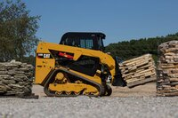 Small-chassis D series loaders
