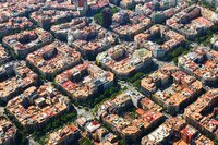Barcelona's Superblocks Limit Motorized Mobility