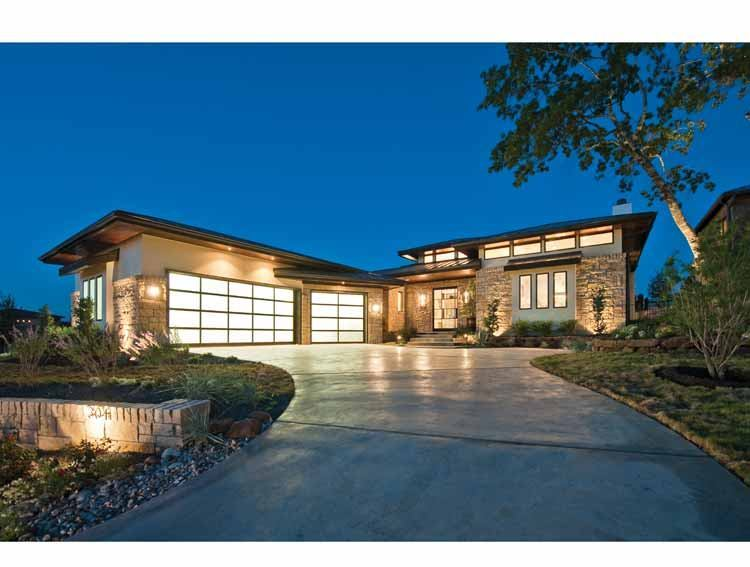 Fourplans hot hill country style from hobbs 39 ink for Hill country contemporary house plans