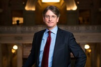 The Met's Director Thomas P. Campbell Resigns