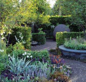 Cleve West's Bupa Sensory Garden, created for London's 2008 Chelsea Flower Show, was designed for the benefit of people suffering from dementia and other memory issues. Paths tracing figure eights avoid potentially confusing dead ends and keep visitors close to the variety of flora.