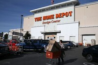 Home Depot to Hire 80,000 Workers