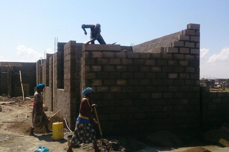 Construction of Bahir Dar Hospital, in Ethiopia