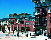 Alexan CityCenter in Englewood, Colo., is a complete redevelopment of a large shopping mall into a mixed-use urban center. The community, which was developed by Trammell Crow Residential, includes residential, retail, entertainment, open space, civic, and cultural arts uses.