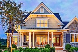FourPlans: Family-Friendly Luxury Homes