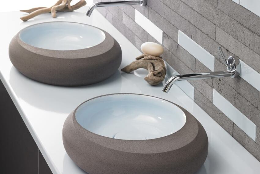 Pyrolave's Colorful, Rounded Basin