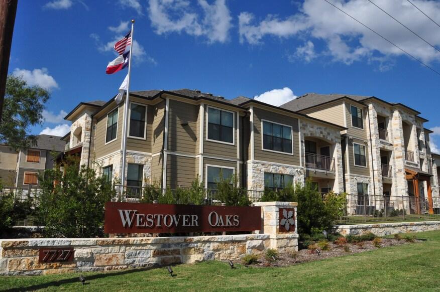 Westover Oaks Apartments in San Antonio