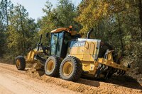 John Deere Adds Models and Updates to Grader Lineup