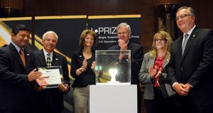 The L Prize award ceremony. From left to right: Arun Majumdar, director of ARPA-E; Zia Eftekhar, CEO, Philips Lighting North America; Senator Lisa Murkowski, R-Alaska; Senator Jeff Bingaman, D-New Mexico; Liesel Whitney-Schulte, commercial program manager for the Wisconsin Energy Conservation Corp.; and Ed Crawford, general manager of lamps, lighting systems and controls, Philips Lighting.