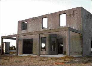 Hurricane resistant concrete homes jlc online storm for Concrete homes florida