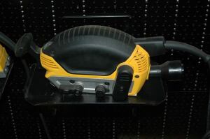 The DeWalt version of a Porter Cable Sander seen at Lotter