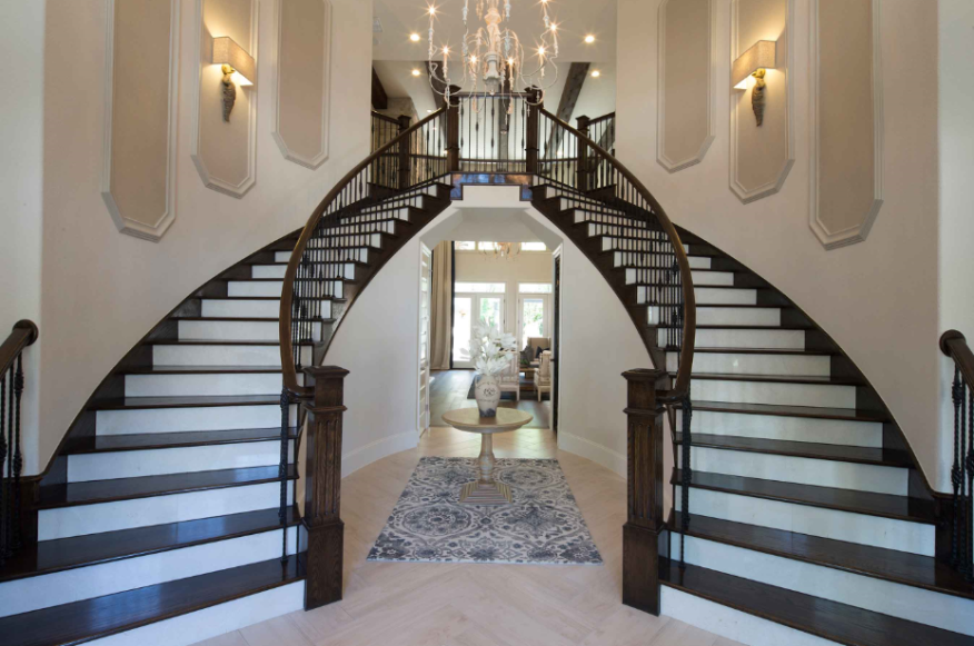Home Design: New Texas Community Exudes Understated Luxury