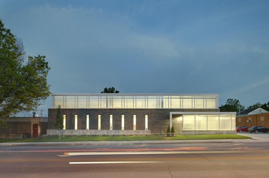 Iowa Prison Industries Outlet Building