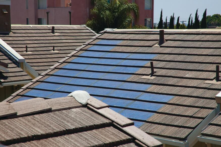 PV Provision: The Gatsby features rooftop off-grid solar tiles integrated into the roofing system that serve as the default provider of electricity.