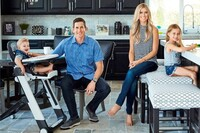 Tarek and Christina El Moussa Will Continue 'Flip or Flop' as Their Divorce Proceeds