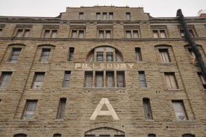 Minneapolis Flour Factory Turned Into Artist Lofts