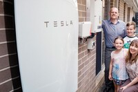 Tesla Powerwall Debuts in Oz