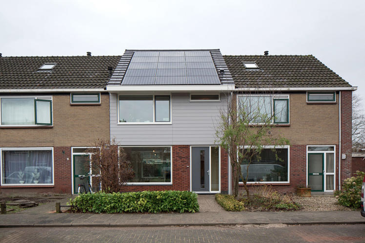 From a low income home to a net zero energy home for free for Low income home builders