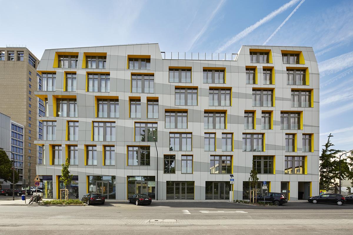 Main east side lofts architect magazine 1100 architect for Residential architect design awards